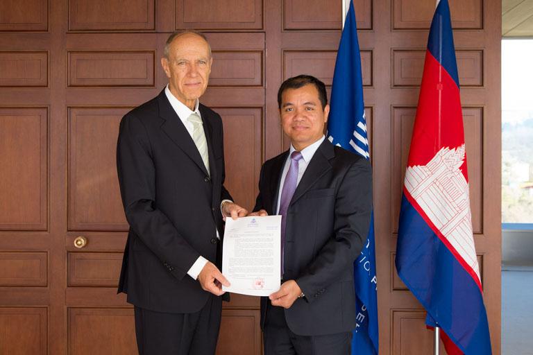 马德里商标注册体系柬埔寨加入中国标局